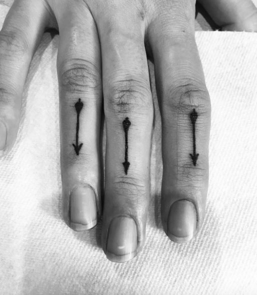 85 Cool Arrow Tattoos On Fingers Ideas And Designs