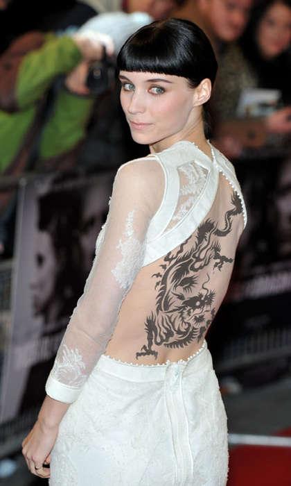 Девушка с татуировкой дракона в 2018 году - Tattoo Today