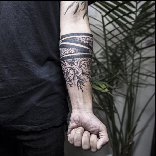 90 Best And Beautiful Armband Tattoos Designs And Ideas