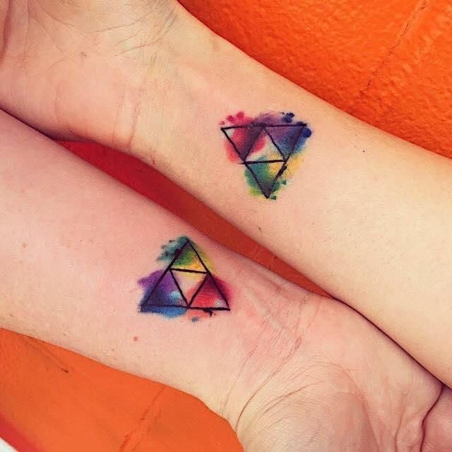 Los mas lindos tatuajes peque os para mujeres for Disenos de apartaestudios pequenos