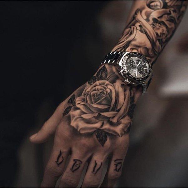 Тату цветы: эскизы, фото, черно белые, на руке, значение ...