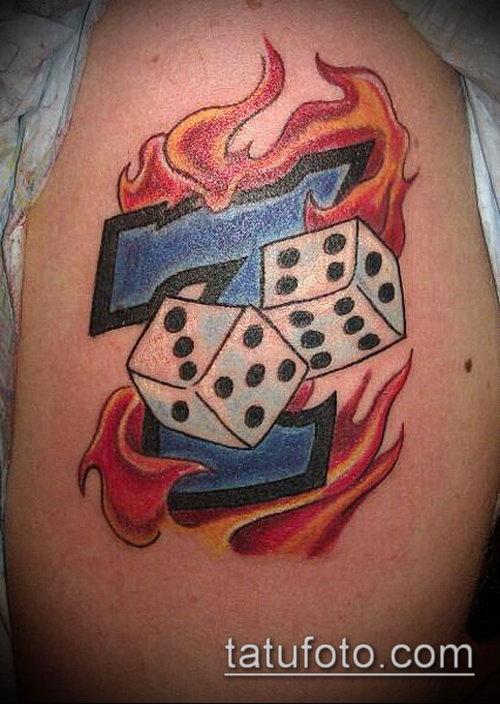 Фото тату игральные кости №587 - интересный вариант ...