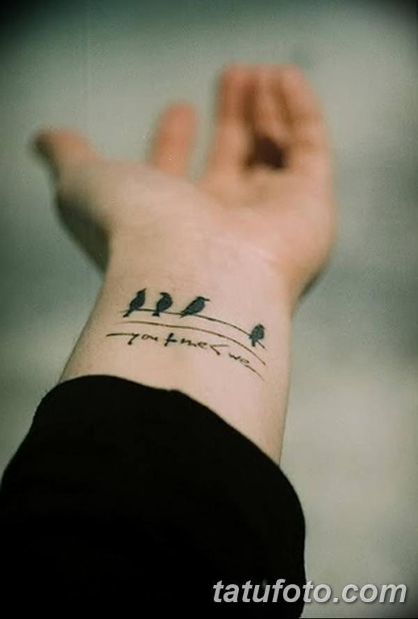 Фото тату птицы на запястье 17.08.2018 №191 - tattoo of a ...