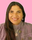 Raquel, praticienne en soin enérgétiques avec les cristaux