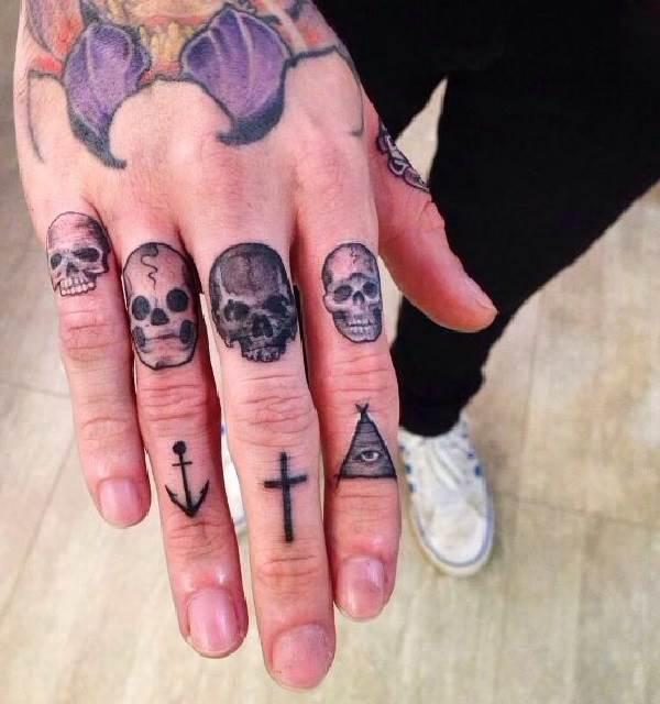 Тату-на-пальцах-Значение-виды-и-эскизы-тату-на-пальцах-10