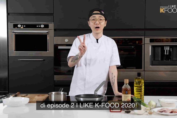 Chef Jun, demo masak makanan Korea.