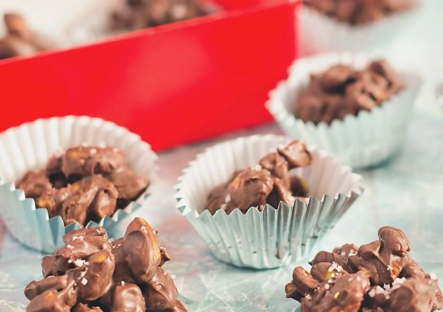 Chocolate Pistachio Clusters