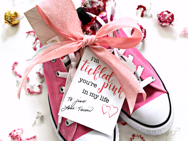 Print + Cut Tickled Pink Gift Tag