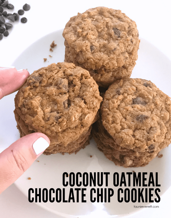 Coconut Oatmeal Chocolate Chip Cookie Recipe. If you're a fan of coconut, you don't want to miss this delicious recipe #cookie #recipe #coconut #chocolatechip