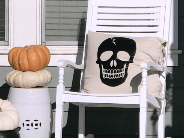 DIY Creepy Skeleton Pillows