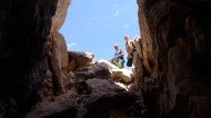 Simon et Céline / prospection des gouffres au sommet