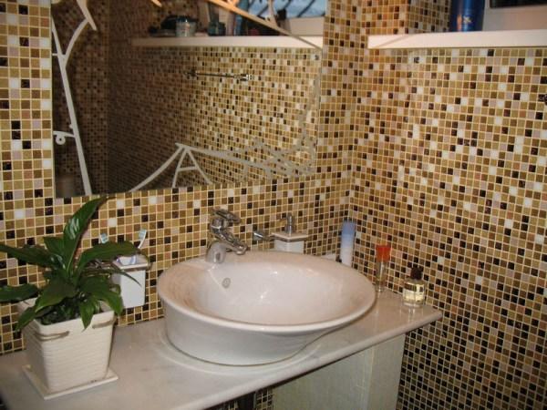 Плитка мозаика для ванной комнаты фото цены и как выбрать