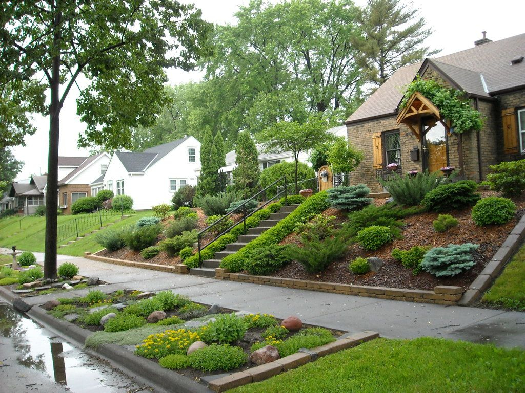 11 Small Front Yard Landscaping Ideas To Define Your Curb Appeal throughout 13 Genius Designs of How to Make Landscape Ideas For Hilly Backyards