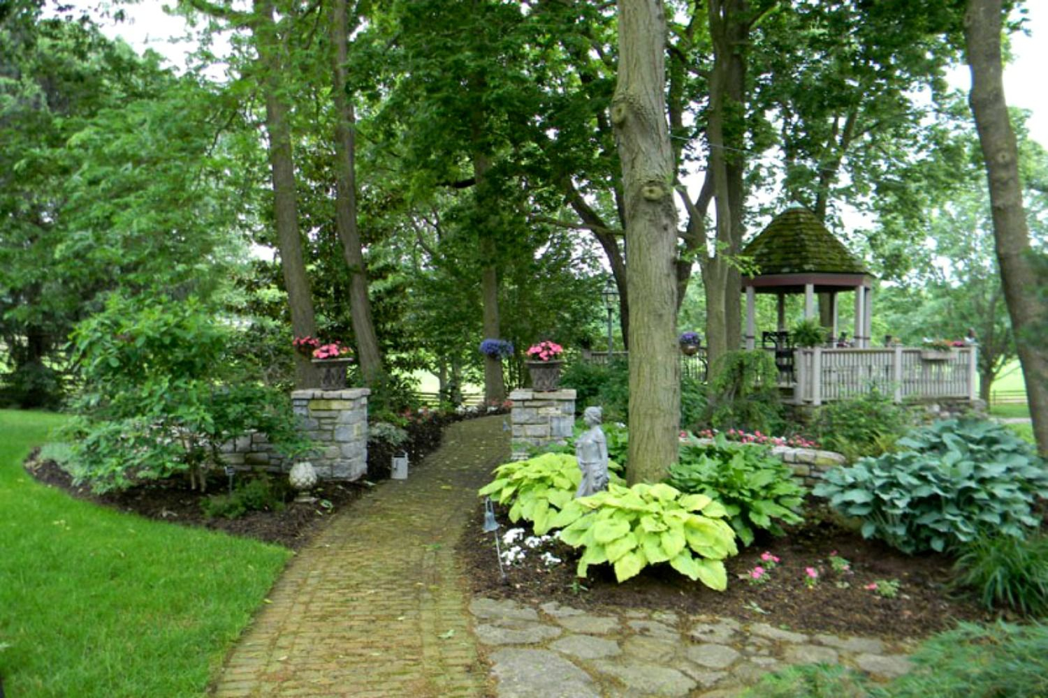 15 Ideas For Landscaping Around Trees throughout 10 Some of the Coolest Concepts of How to Improve Trees For Backyard Landscaping