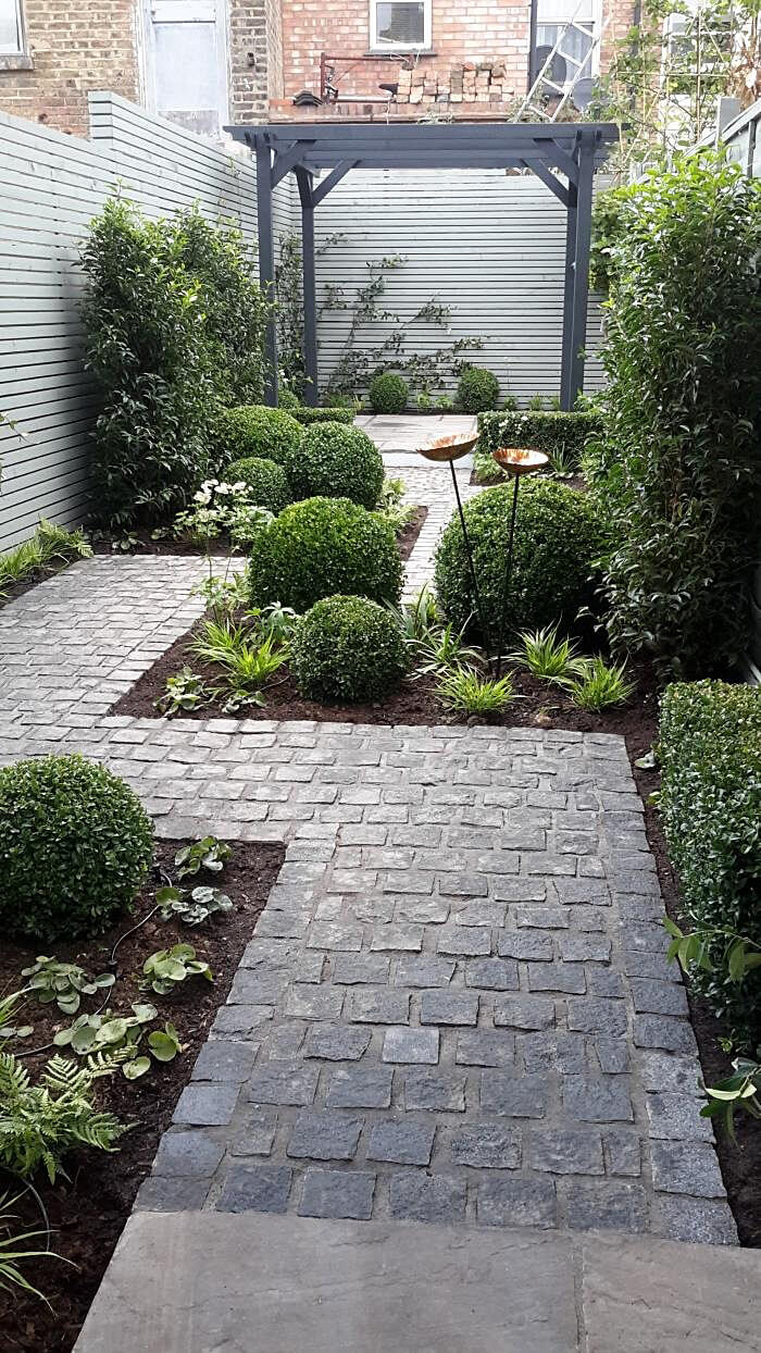 25 Best Garden Path And Walkway Ideas And Designs For 2019 for 14 Smart Concepts of How to Improve Backyard Pathway Ideas