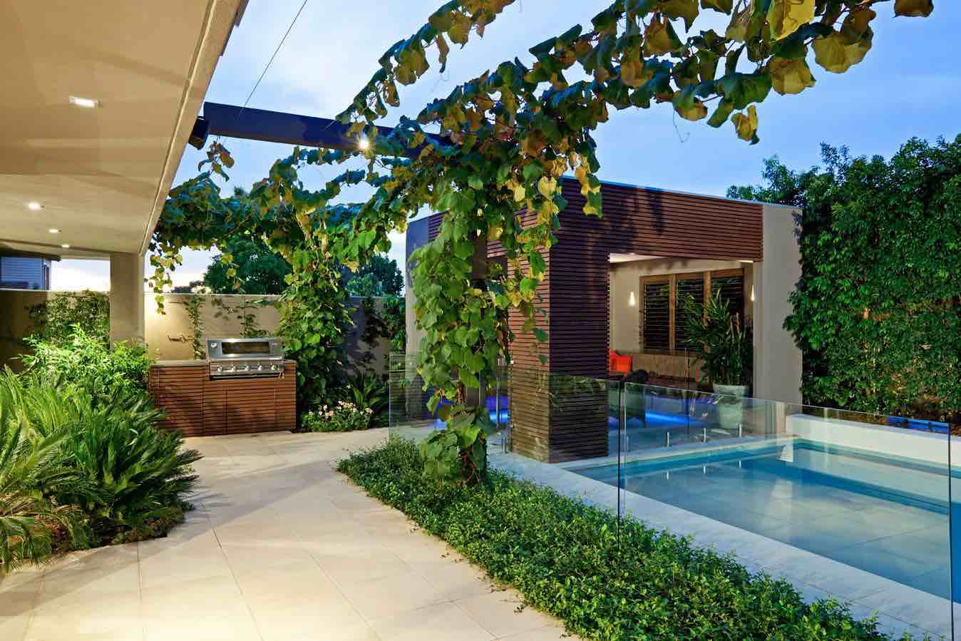 41 Backyard Design Ideas For Small Yards Worthminer in Design Ideas For Small Backyards