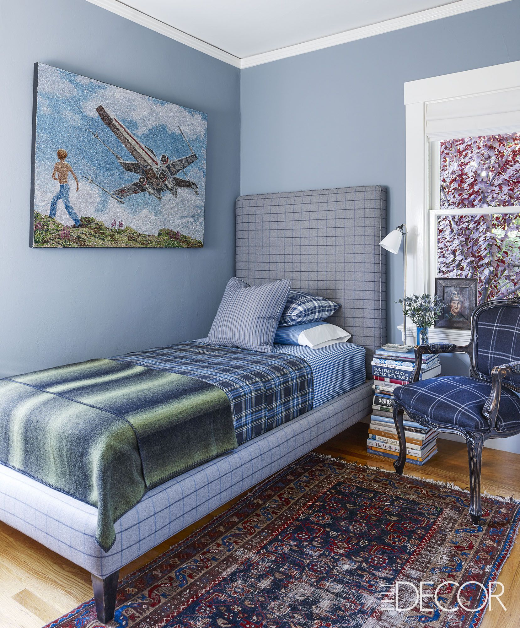 50 Small Bedroom Design Ideas Decorating Tips For Small Bedrooms inside 15 Some of the Coolest Designs of How to Build Modern Bedroom Designs For Small Rooms