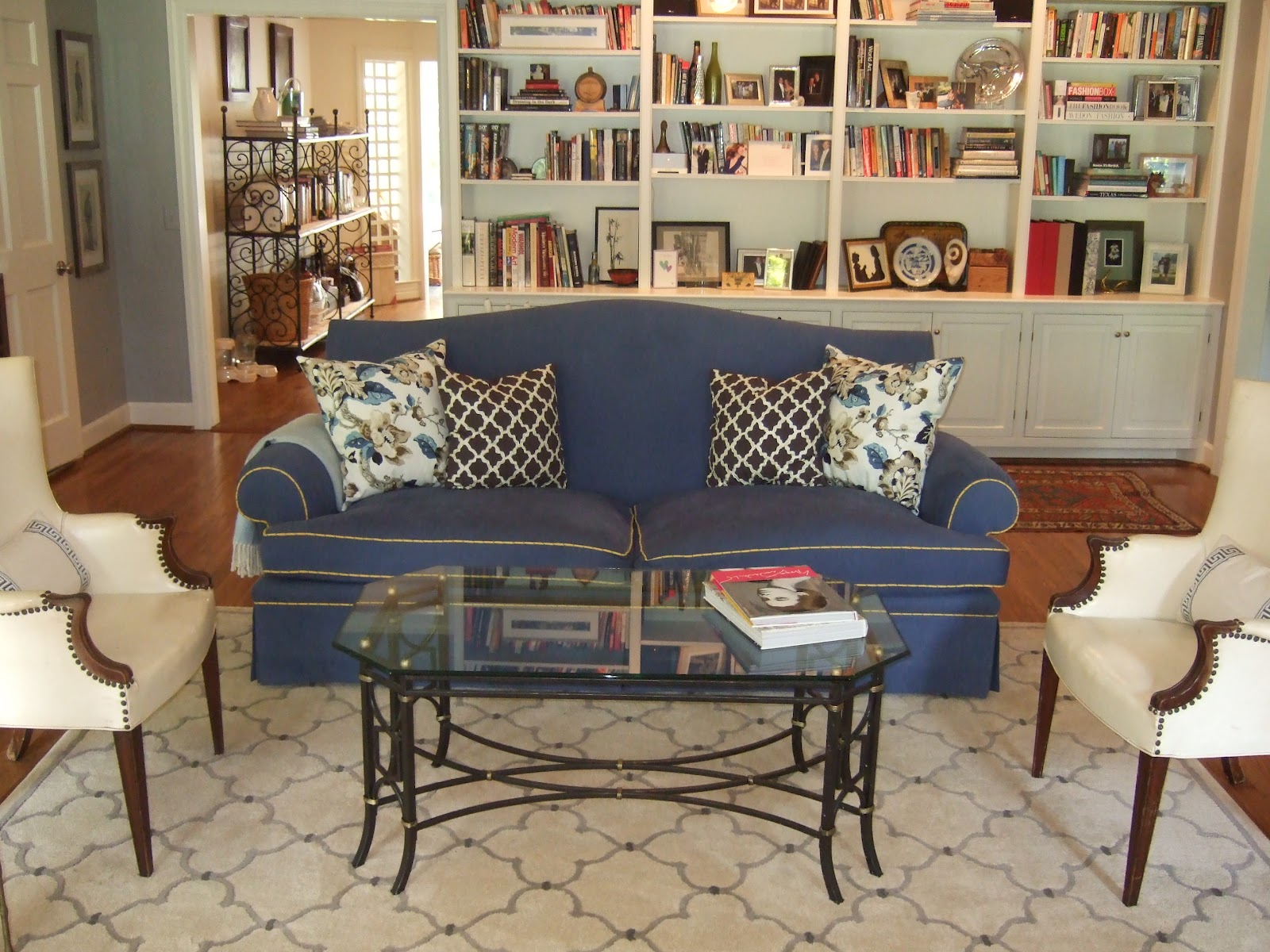 Contemporary Country Furniture Contemporary French Country Furniture inside 10 Clever Tricks of How to Makeover Craigslist Living Room Sets