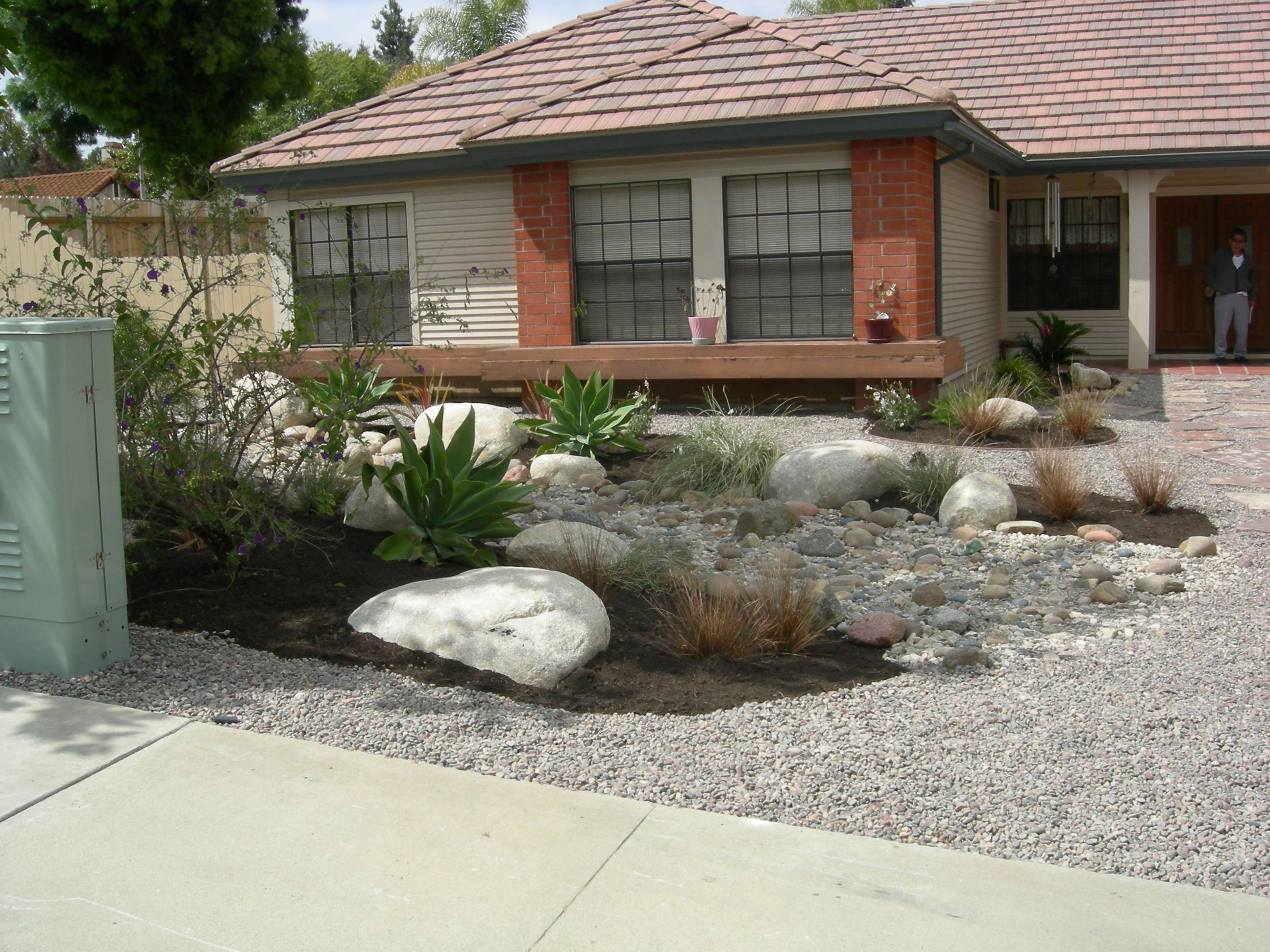Front Yard Xeriscape Ideas This Is A Fabulous Rock Scaping Front for Backyard Xeriscape Ideas