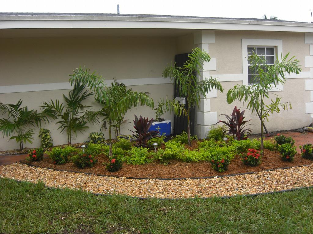 Garden Ideas In Florida Design And Decor The Best Very Good for Florida Backyard Landscaping