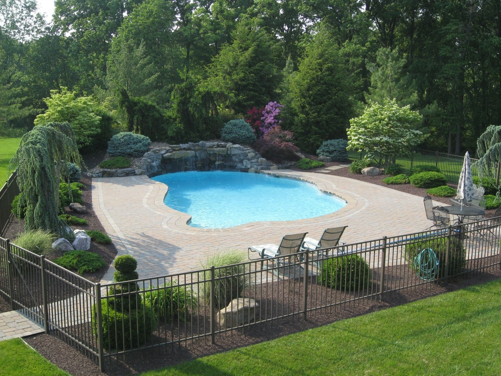 Traditional Pool Fence Ideas Good Christian Decors Special throughout 15 Genius Designs of How to Make Backyard Pool Fence Ideas