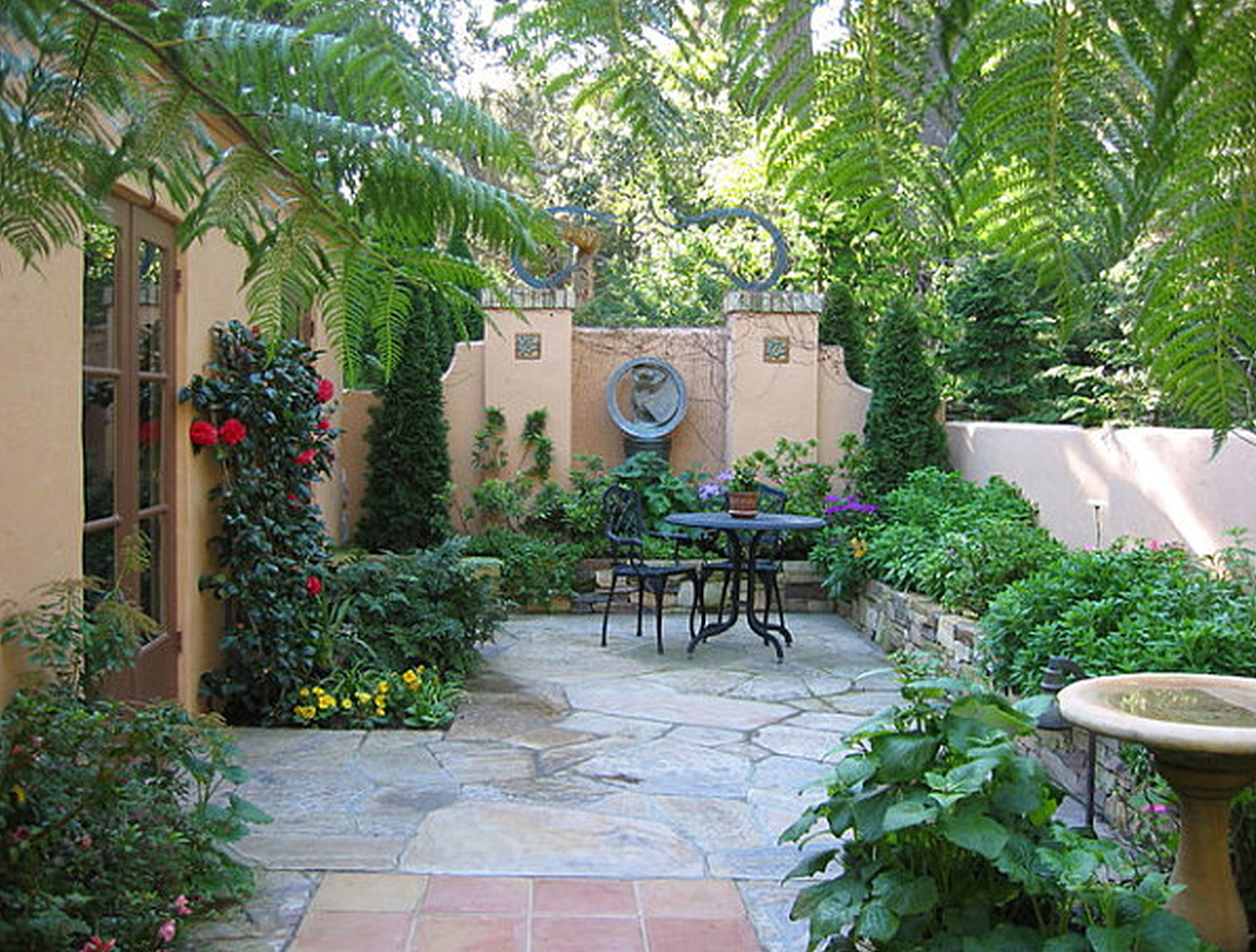 Tropical Landscaping Ideas For Small Yards Southern Homes With with regard to Small Tropical Backyard Ideas