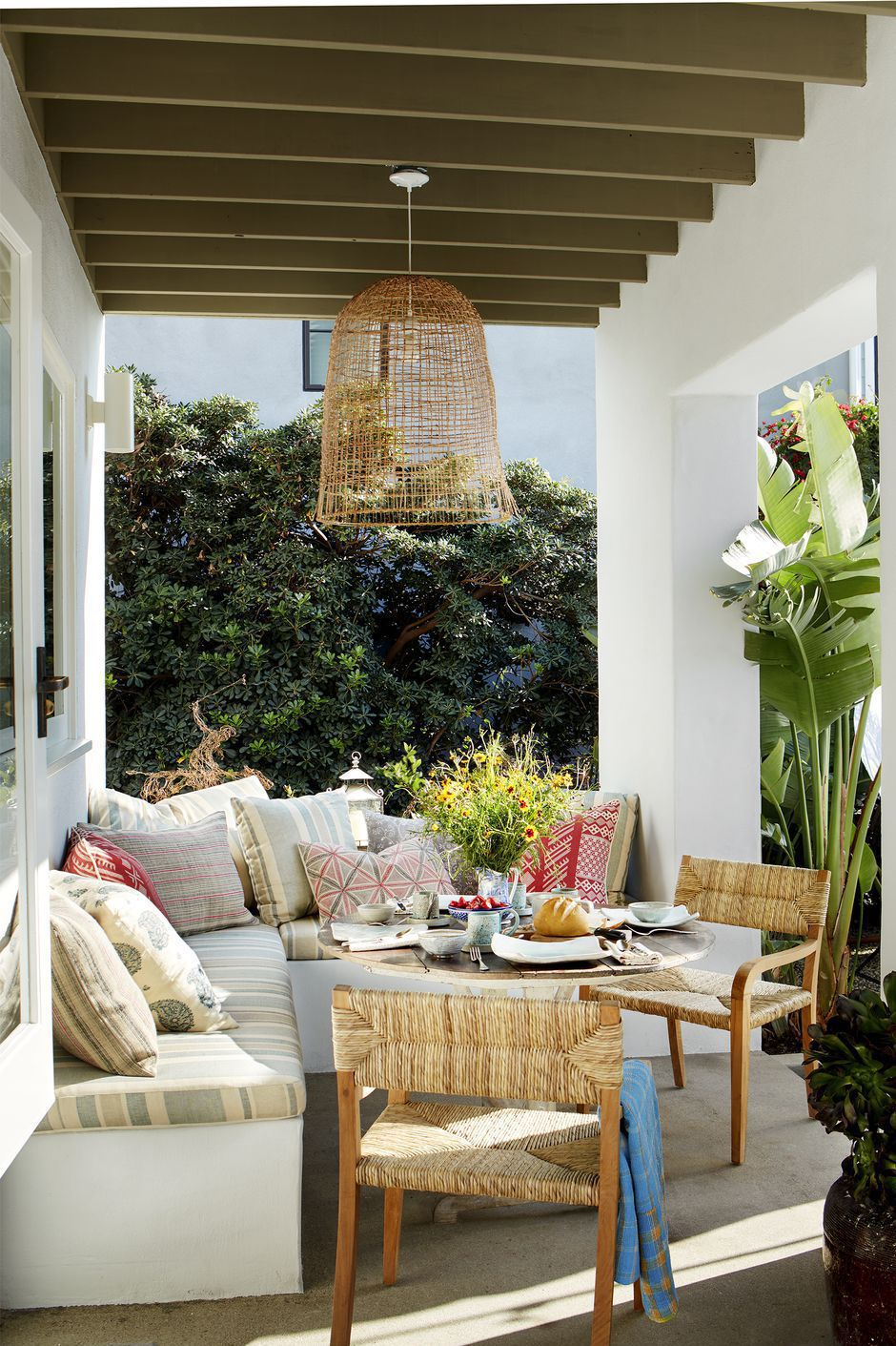 36 Gorgeous Outdoor Rooms Outdoor Room Decor Ideas with Outdoor Living Room Set