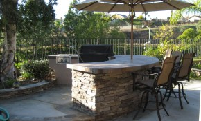 Pit Area Pictures Awesome Brick Grill Backyard Table Plans Patio Bbq with Backyard Bar And Grill Ideas