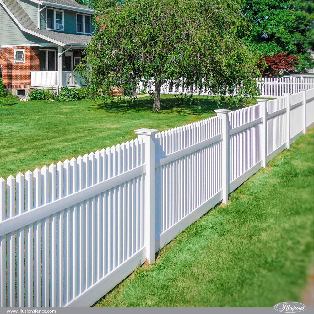 42 Vinyl Fence Home Decor Ideas For Your Yard Illusions Fence in Backyard Fences