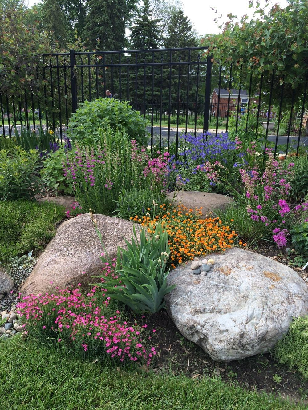 Easy Ideas For Landscaping With Rocks intended for Easy Backyard Landscaping