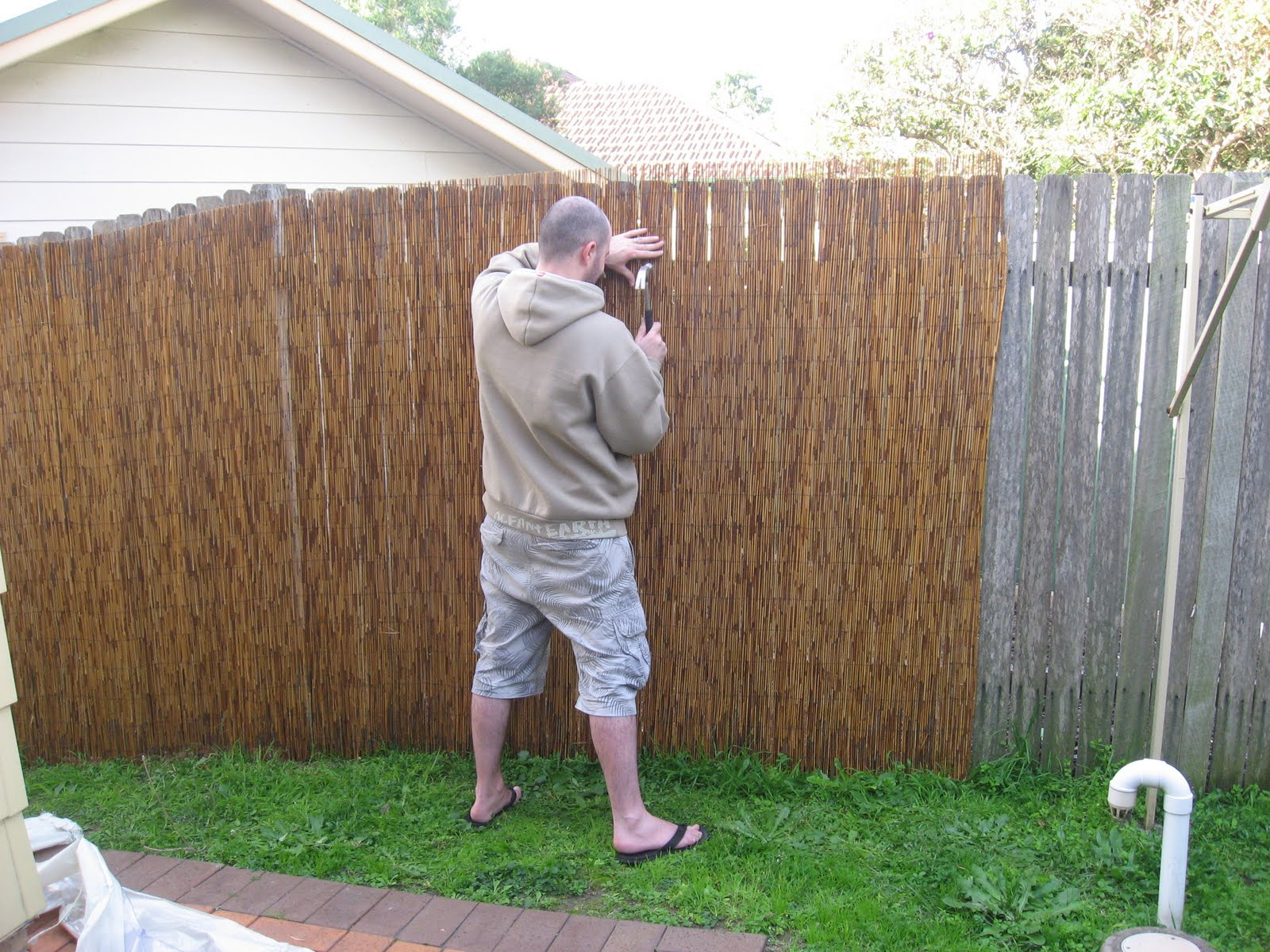 Privacy Fence Ideas For Backyard And Terrace Ducksdailyblog Fence within 12 Some of the Coolest Designs of How to Makeover Backyard Privacy Fence Ideas