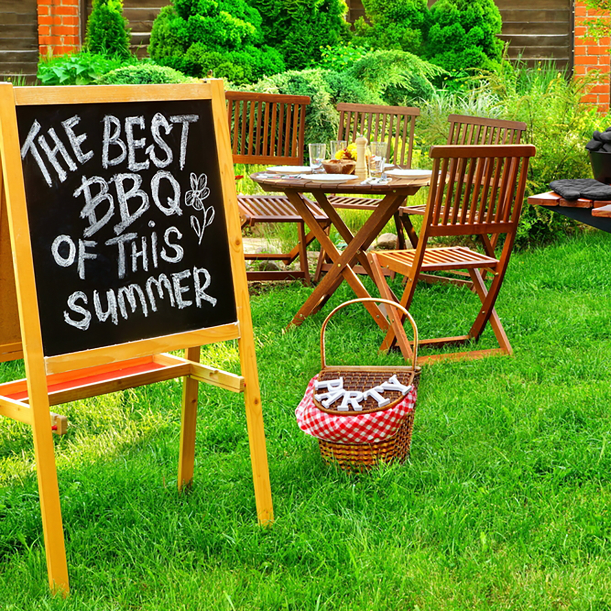 11 Insanely Smart Ideas For Your Backyard Party Taste Of Home inside 11 Smart Ideas How to Build Backyard Ideas For Summer