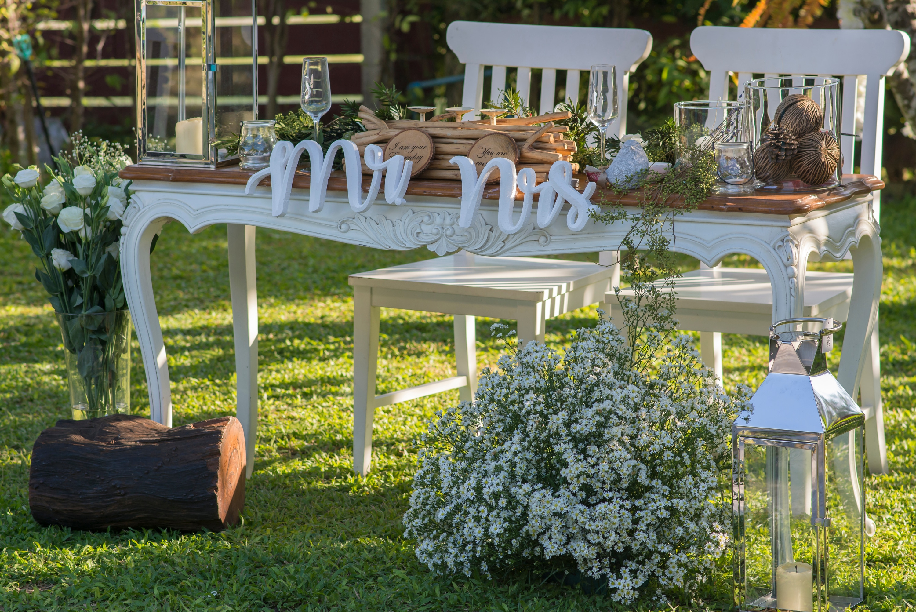 15 Cheap Wedding Ceremony Decoration Ideas On A Budget within 11 Clever Tricks of How to Build Small Backyard Wedding Ceremony Ideas