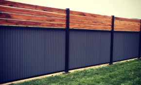 22 Wonderful Pallet Fence Ideas For Backyard Garden within Privacy Fencing Ideas For Backyards