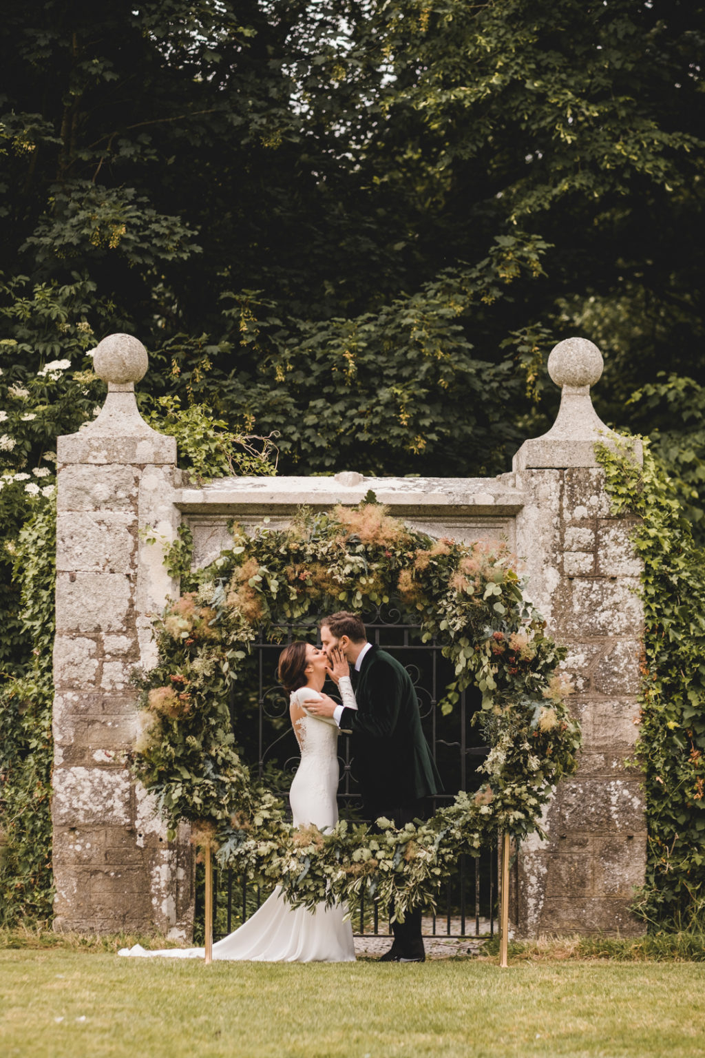 25 Epic Wedding Ceremony Styling Ideas One Fab Day Onefabday intended for Small Backyard Wedding Ceremony Ideas