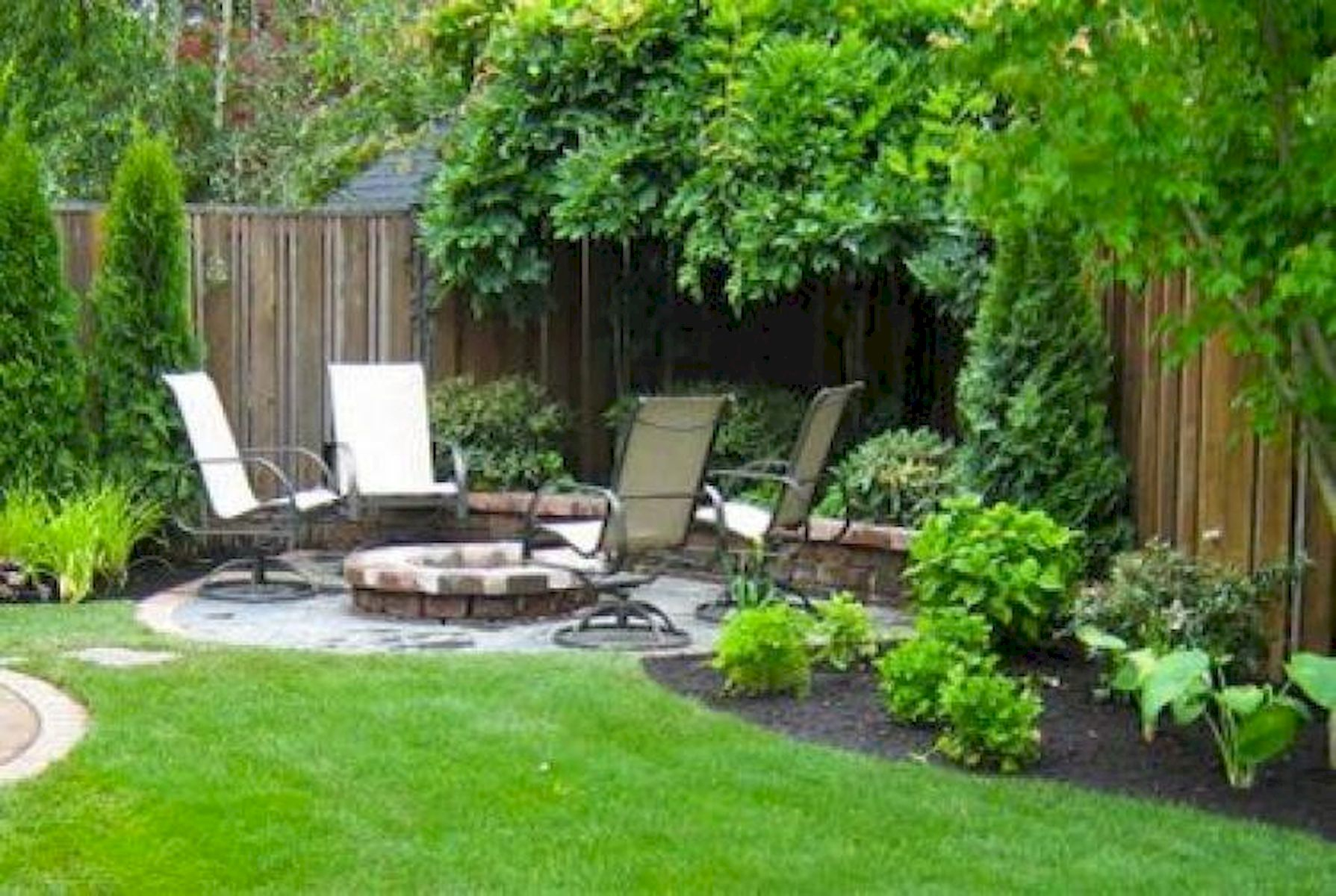 60 Awesome Backyard Privacy Design And Decor Ideas pertaining to 14 Awesome Initiatives of How to Craft Privacy Backyard Ideas