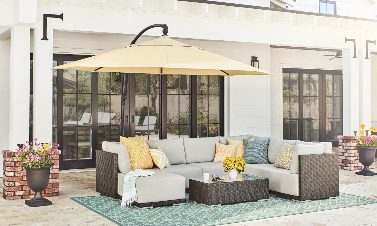 Easy Patio Decorating Ideas For An Endless Summer in 10 Genius Ways How to Make Backyard Patio Decorating Ideas
