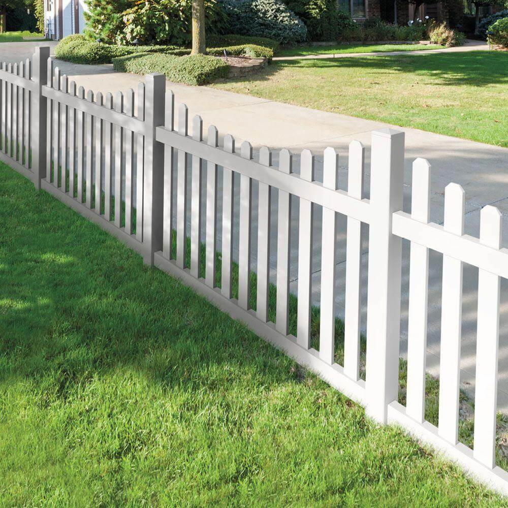 Fences pertaining to 11 Awesome Concepts of How to Build Backyard Fences Pictures