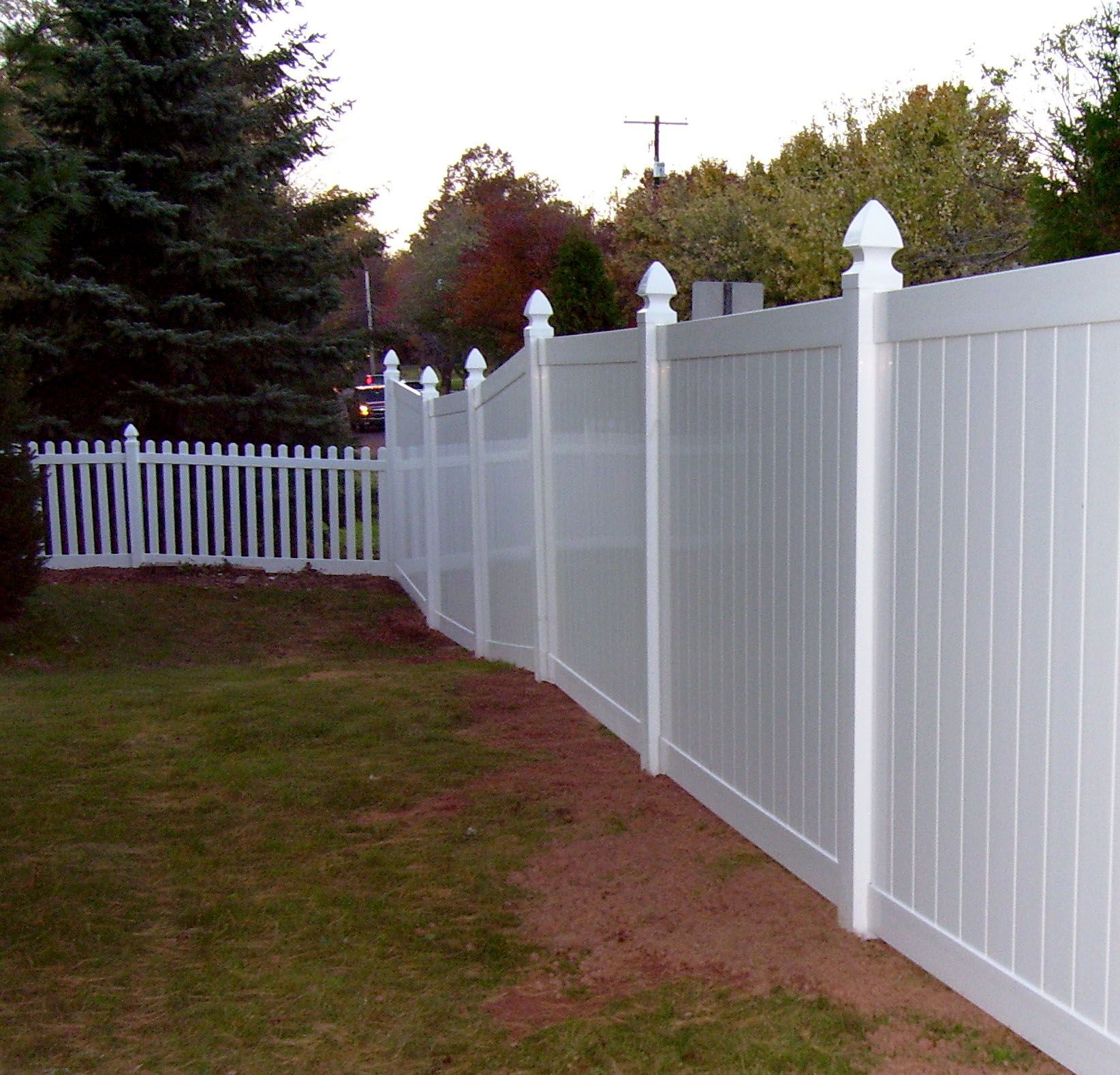 This Combination Of Vinyl Picket Fencing And Privacy Fencing intended for 10 Clever Initiatives of How to Make Backyard Vinyl Fence