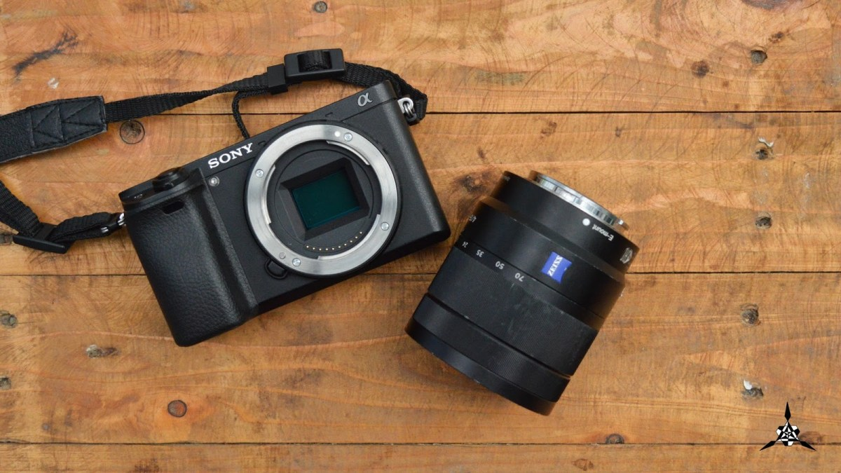 Sony Alpha a6300: Sexy Outside, Impressive AF inside – Full Review