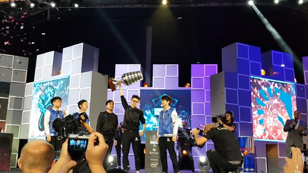 Newbee Took The Trophy Home at the ESL One Dota2 Championship!