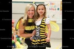 Bees teacher Michelle Nahrgang and Kyra Kropf.
