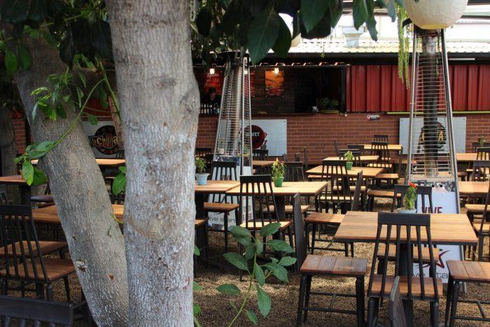 el patio restaurante de la primavera