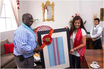 GIFT FOR THE US AMBASSADOR