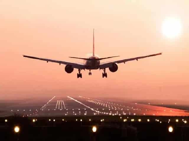 India extends ban on international flights till Oct 31