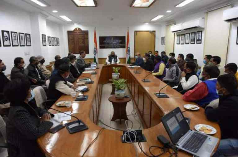 Union Agriculture Minister meets members of Federation of Indian FPOs and Aggregators