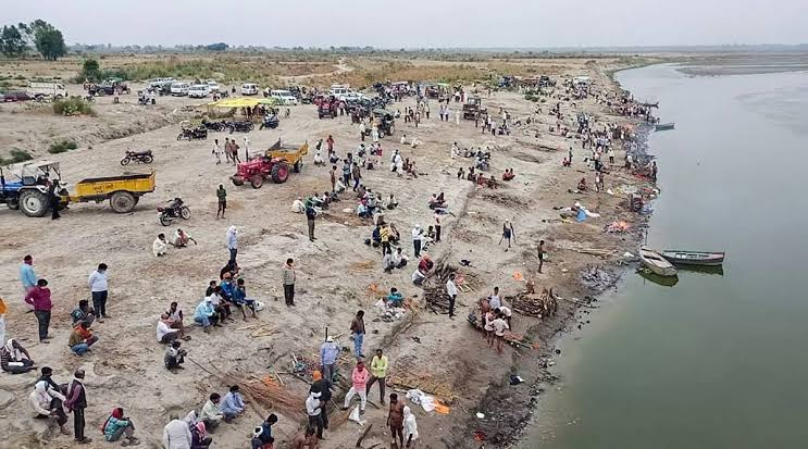 Centre directs States to prevent dumping of dead bodies in Ganga and focus on their safe disposal