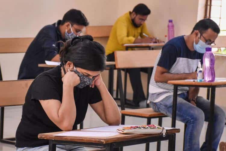 6000 CA Students Writes to PM Narendra Modi for Postponement of CA Exams