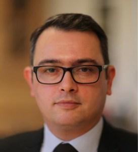 Zweifacher FFTD-Vorsitzender Orhan Tasbilek, sowohl bei dem Verein als auch der Genossenschaft