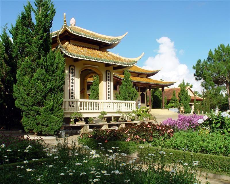 Thiền Viện Trúc Lâm Đà Lạt- hinh 2